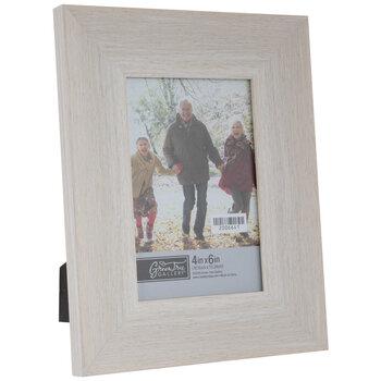 Off-White Wood Look Scoop Frame