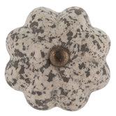 Stone Look Scallop Knob
