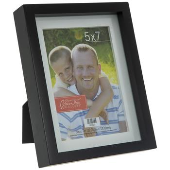 """Black & White Wood Frame - 5"""" x 7"""""""