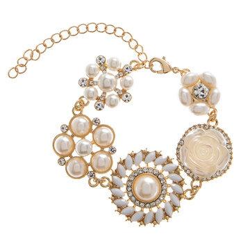 Plastic Pearl Flower Button Bracelet