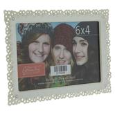 """White Scalloped Metal Frame - 6"""" x 4"""""""