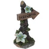 Tree Welcome Sign With Flowers