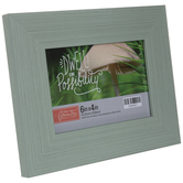 """Green Distressed Wood Look Frame - 6"""" x 4"""""""