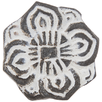 Gray & White Metal Flower Knob