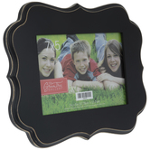 "Quatrefoil Wood Frame - 7"" x 5"""