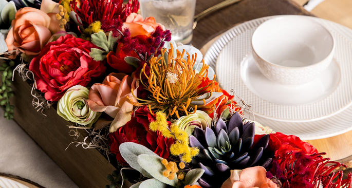 Easy Floral Centerpiece