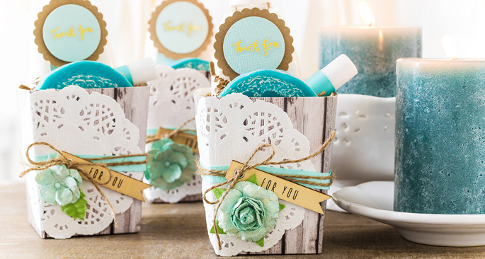 Party Favors: Treat & Greet