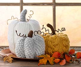 DIY Knitted Pumpkin Decor