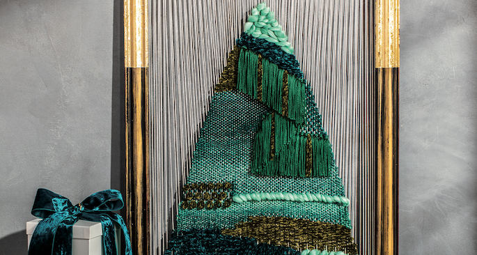 Unconventional Weaving Loom Christmas Tree